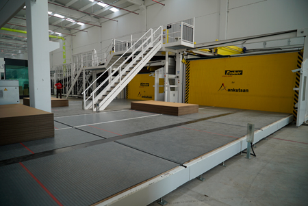 Take-off on the Fosber corrugator complete line